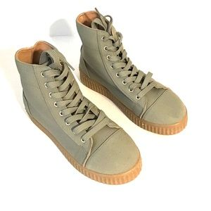 Qupid Hightops Sneakers Khaki Green NWOB